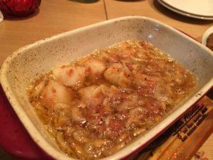 梅肉と桜海老のアヒージョ