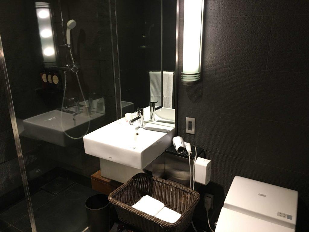 『サクララウンジ』のシャワールーム01